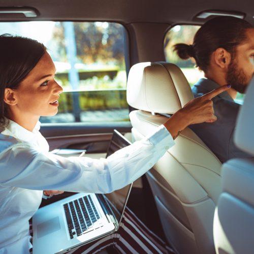 Chauffeur-driven-Airport-transfers-brisbane-goldcoast-sunshinecoast